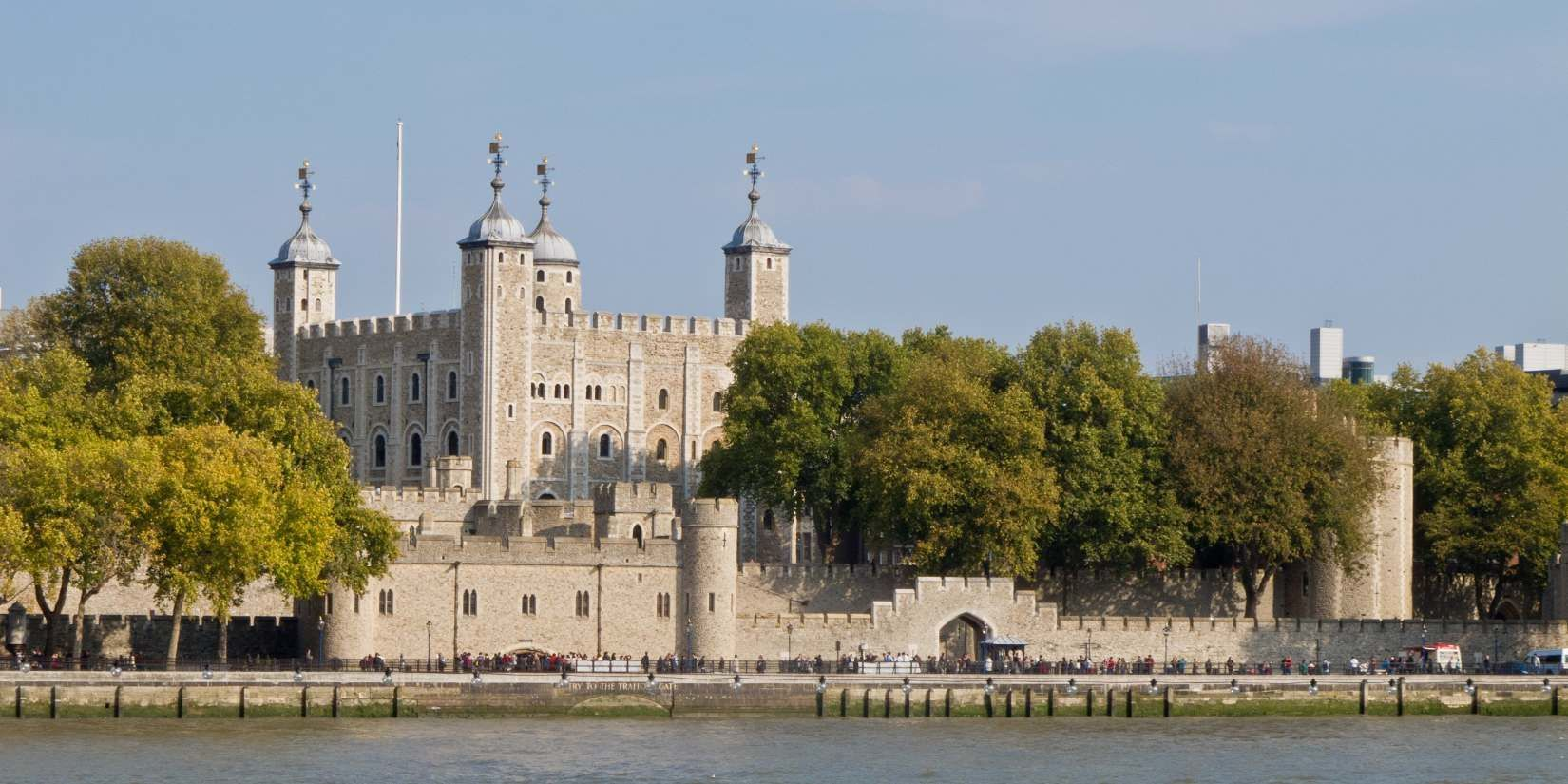 London Tower Of London Guide Audio - download.cnet.com