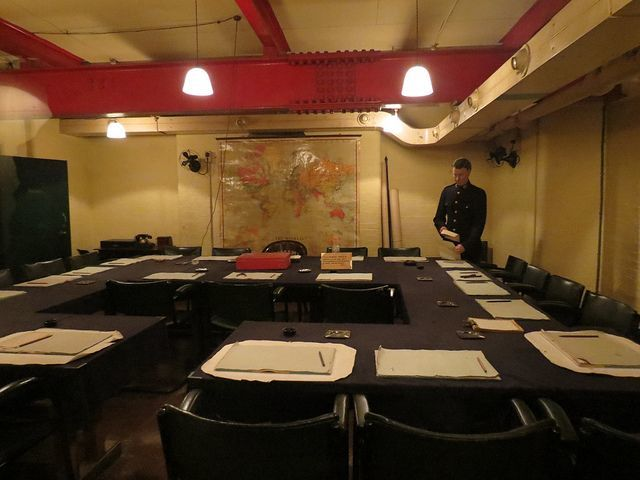 The ultimate guide to visiting the churchill war rooms strawberry tours - Churchill war cabinet rooms ...