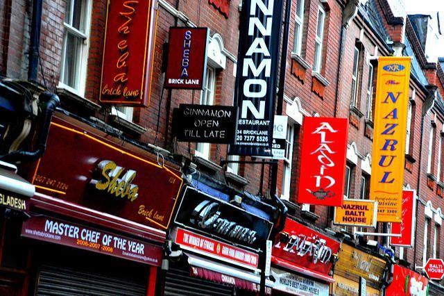 Best Curry Brick Lane >> The Ultimate Guide To Visiting Brick Lane Strawberry Tours