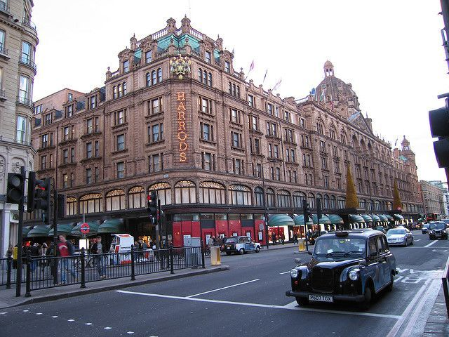 Harrods Close Up